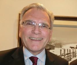 マッケンジー・クラグストン駐日カナダ大使