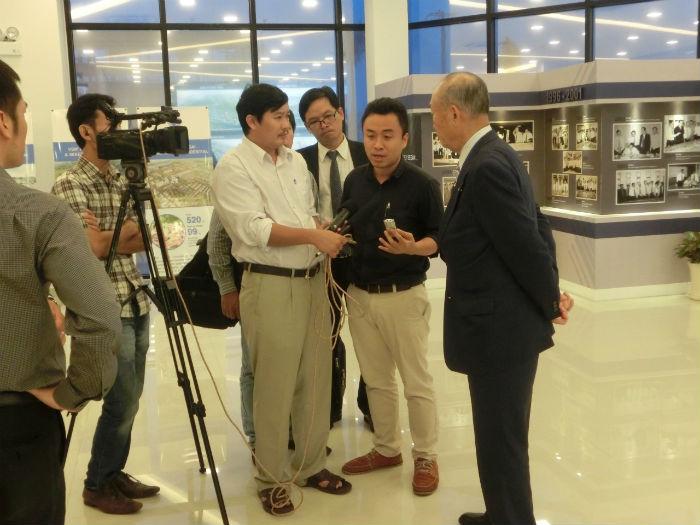 クアンガイ省テレビ局の取材