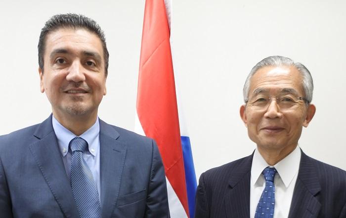 ラウル・アルベルト・フロレンティン・アントラ駐日パラグアイ共和国大使