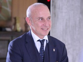 ジョルジョ・スタラーチェ駐日イタリア大使