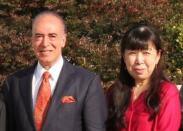 バシール・モハバット駐日アフガニスタン大使夫妻