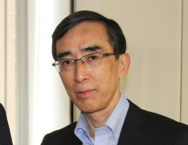 興梠一郎・神田外語大学教授
