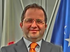 レオン・マラゾーグ駐日コソボ大使