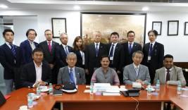 アルケシュ・クマール・シャルマDMICDC総裁(前列中央)との集合写真