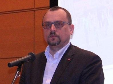 ヤツェク・イズィドルチク駐日ポーランド大使
