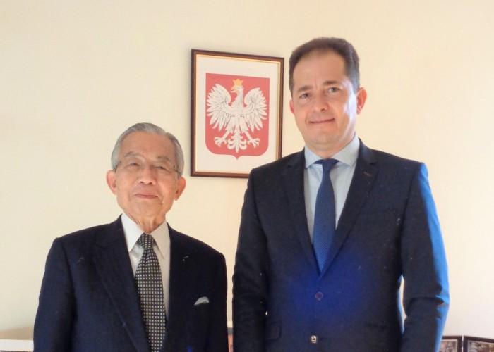 ミレフスキ駐日ポーランド共和国大使(右)