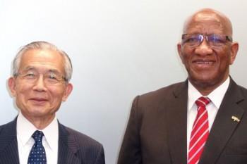 ルラマ・スマッツ・ンゴニャマ駐日南アフリカ大使HP1