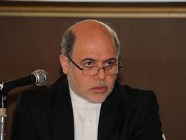 講演をするレザ・ナザルアハリ駐日イラン大使
