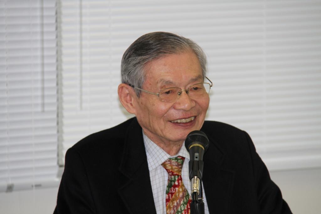藤井威元駐スウェーデン大使・元佛教大学教授