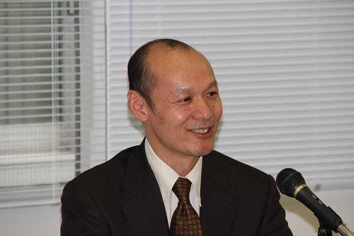 唐亮早稲田大学政治経済学術院教授