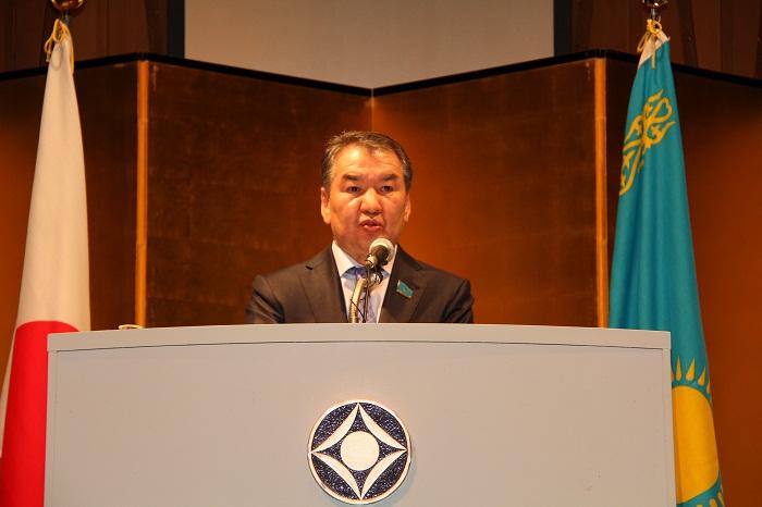 マミ・カザフスタン共和国国会上院議長