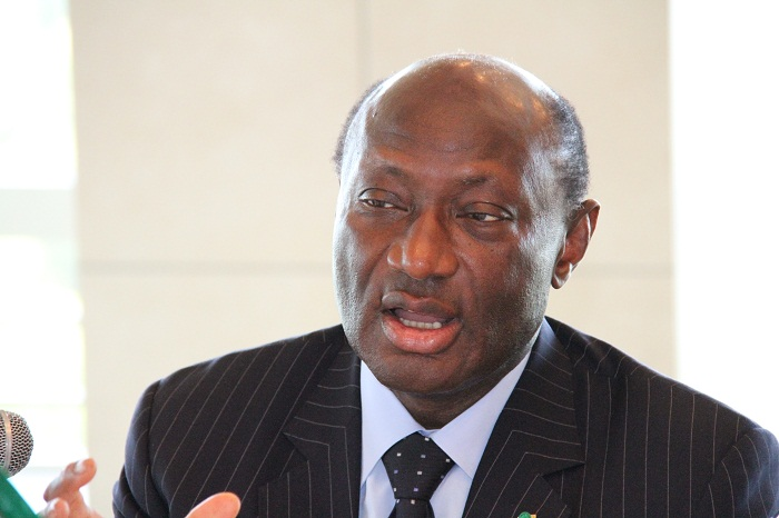 ブーナ・セム・ジュフ駐日セネガル大使