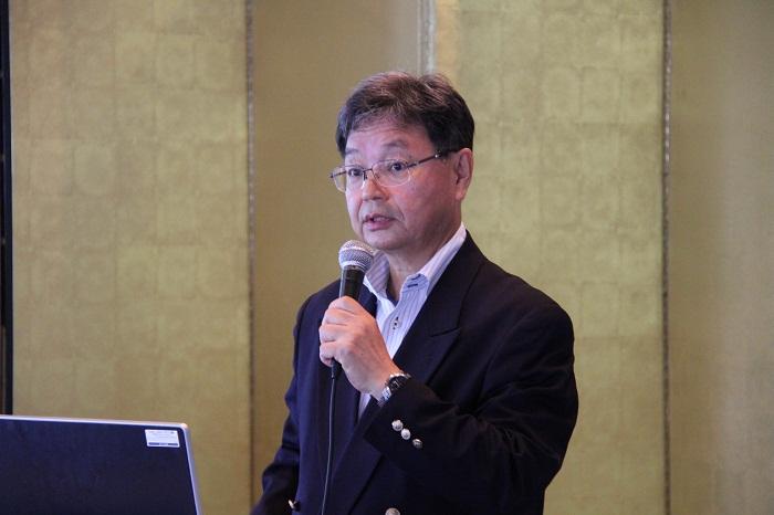 有冨寛一郎(財)全国地域情報化推進協会理事長