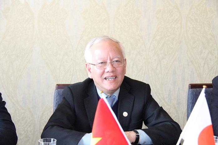 クアン・ホーチミン市人民委員会委員長