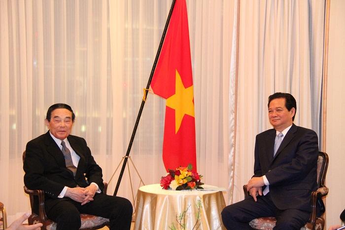 金川会長とズン首相
