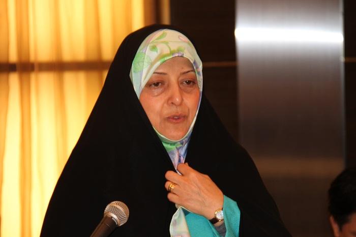 エブテカール・イラン副大統領兼環境庁長官