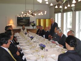 挨拶をするフォルカー・シュタンツェル駐日ドイツ大使