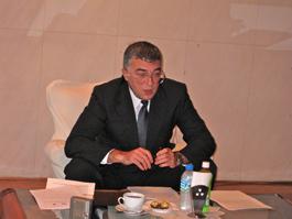 オヴェチコ駐日ロシア公使