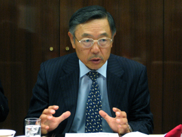 講演する山下一仁氏キヤノングローバル戦略研究所研究主幹