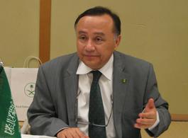 スピーチをするトルキスターニ駐日サウジアラビア大使