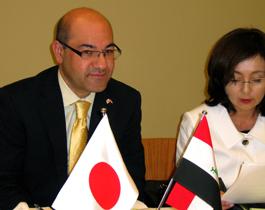講演をするフェーリ駐日イラク大使