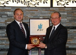 ホジャイ・コソボ共和国外務大臣と松澤理事長