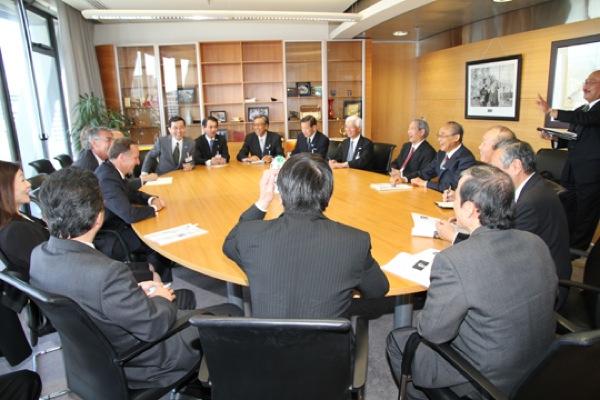 キー・ニュージーランド首相との会談の様子