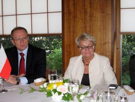 ポーランド民間経営者連盟のボフニャン会長(右)とワルシャワ証券取引所のソボレフスキ理事長