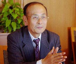 講師の孫崎享防衛大学校教授