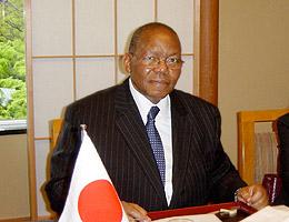 ングバネ駐日南アフリカ共和国大使