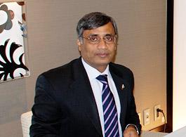 講演するジャドマニ駐日パキスタン大使
